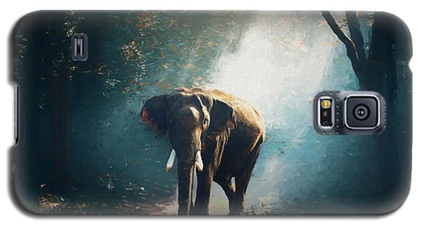 Galaxy S5 Case featuring the painting Elephant In The Mist - Painting by Ericamaxine Price