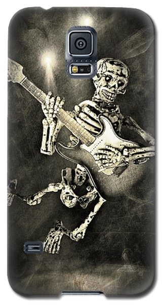 Galaxy S5 Case featuring the photograph Elevation 2 by Jeff Gettis