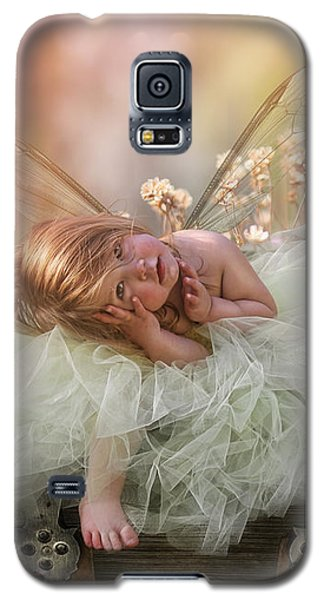 Elf Galaxy S5 Case - Elf Baby by Cindy Grundsten