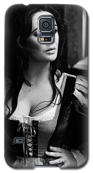 Elizabeth Taylor In The Taming Of The Shrew Galaxy S5 Case by Unknown