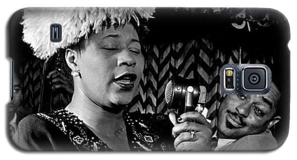 Ella Fitzgerald Dizzy Gillespie And Ray Brown William Gottlieb Photo Nyc 1947-2015 Galaxy S5 Case by David Lee Guss