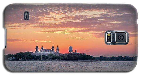 Ellis Island At Sunset Galaxy S5 Case
