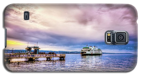 Galaxy S5 Case featuring the photograph Emerald City Ferry by Spencer McDonald