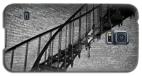 Galaxy S5 Case featuring the photograph Enchanted Staircase II - Currituck Lighthouse by David Sutton
