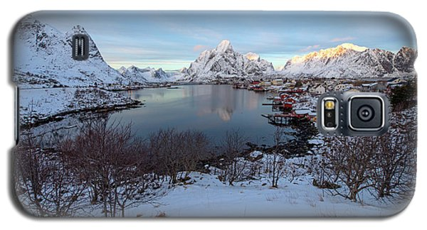 Galaxy S5 Case featuring the photograph End Of Day, Reine, Lofoten,  by Dubi Roman