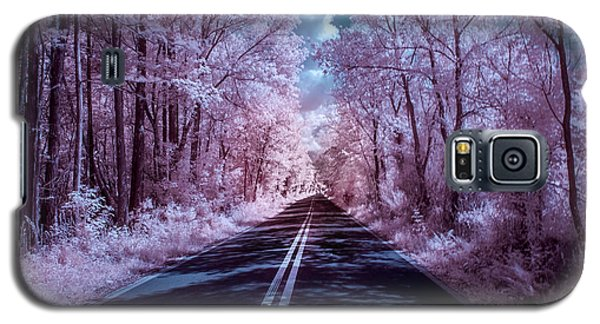 Galaxy S5 Case featuring the photograph End Of The Road by Louis Ferreira