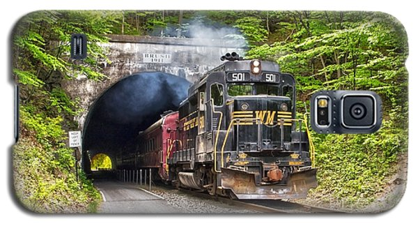 Engine 501 Coming Through The Brush Tunnel Galaxy S5 Case by Jeannette Hunt