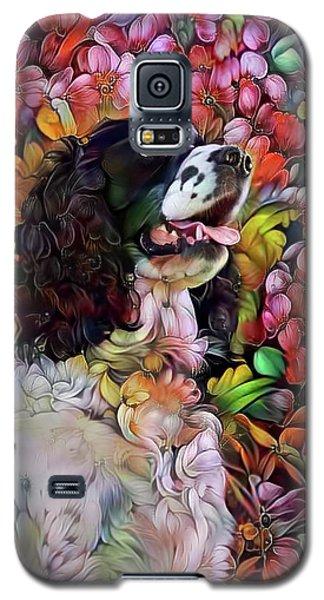 English Springer Spaniel In The Garden Galaxy S5 Case