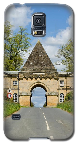 Entrance To Burghley House Galaxy S5 Case