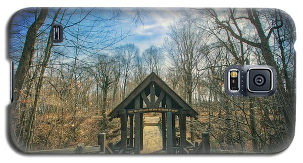 Galaxy S5 Case featuring the photograph Entrance To Seven Bridges - Grant Park - South Milwaukee #3 by Jennifer Rondinelli Reilly - Fine Art Photography
