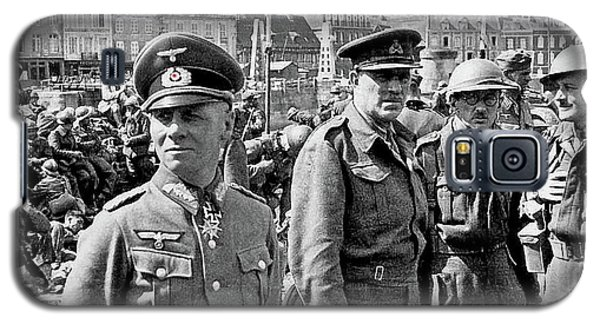 Erwin Rommel And Captured British Soldiers Tobruck Libya 1942 Color Added 2016  Galaxy S5 Case