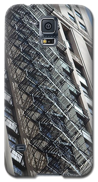 Escaping A Chicago Brownstone Galaxy S5 Case