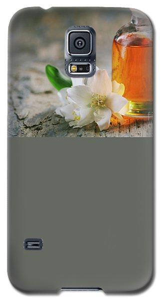Essential Oil With Jasmine Flower Galaxy S5 Case
