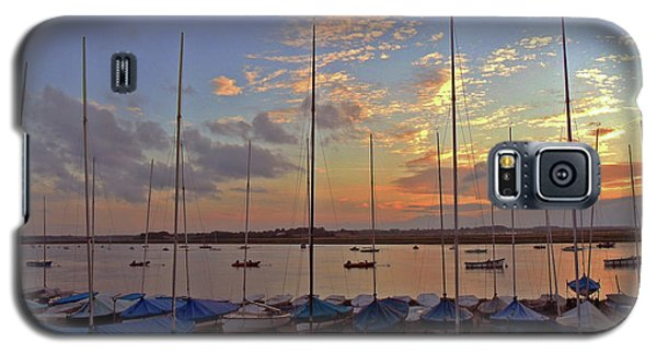 Galaxy S5 Case featuring the photograph Estuary Evening by Anne Kotan
