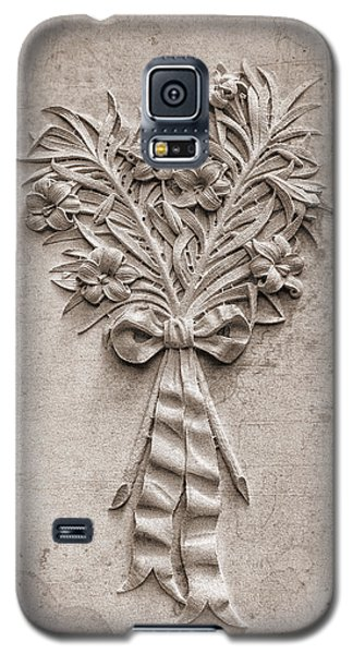 Eternal Lilies Galaxy S5 Case by Tom Mc Nemar