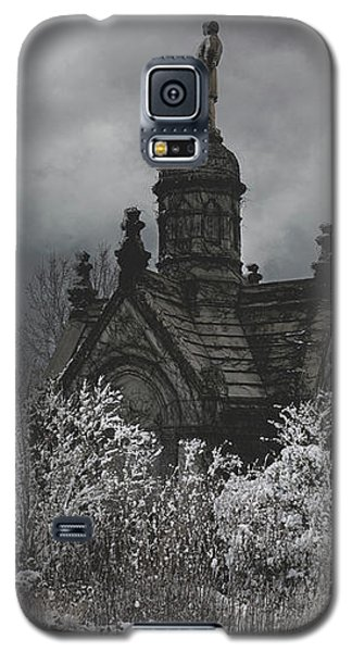 Galaxy S5 Case featuring the digital art Eternal Winter by Chris Lord