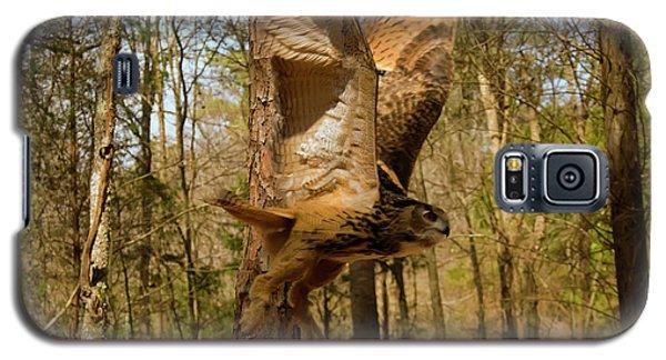 Eurasian Eagle Owl In Flight Galaxy S5 Case by Chris Flees