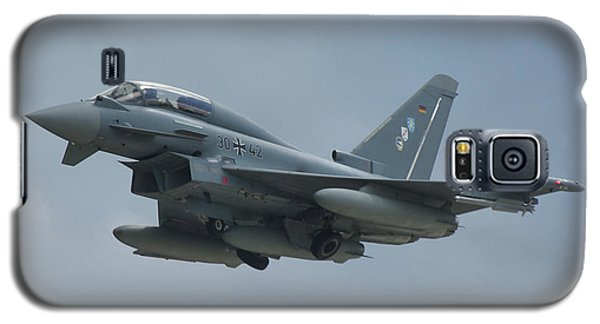 Galaxy S5 Case featuring the photograph Eurofighter Ef2000 by Tim Beach