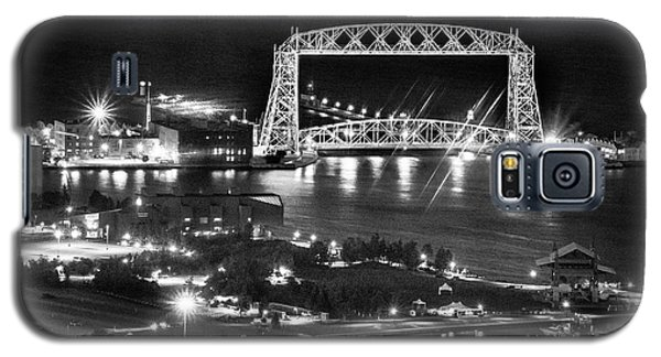 Galaxy S5 Case featuring the photograph Evening In Duluth by Bill Pevlor