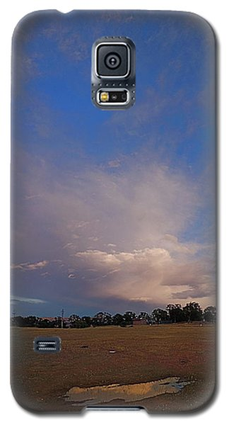 Galaxy S5 Case featuring the photograph Exploding Thunderhead by John Norman Stewart