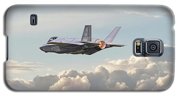 Galaxy S5 Case featuring the photograph F35 -  Into The Future by Pat Speirs