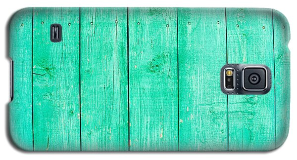 Galaxy S5 Case featuring the photograph Fading Aqua Paint On Wood by John Williams
