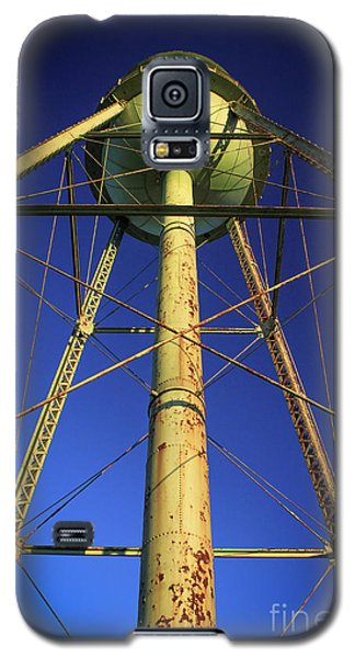 Galaxy S5 Case featuring the photograph Faithful Mary Leila Cotton Mill Water Tower Art by Reid Callaway