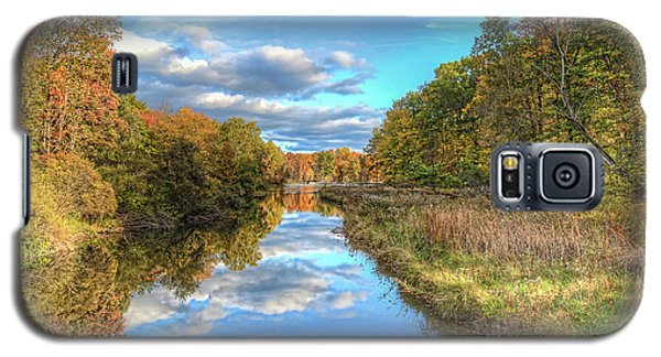Galaxy S5 Case featuring the photograph Fall At Brunswick Lake  by Brent Durken