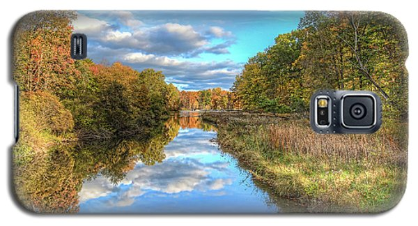 Fall At Brunswick Lake  Galaxy S5 Case by Brent Durken