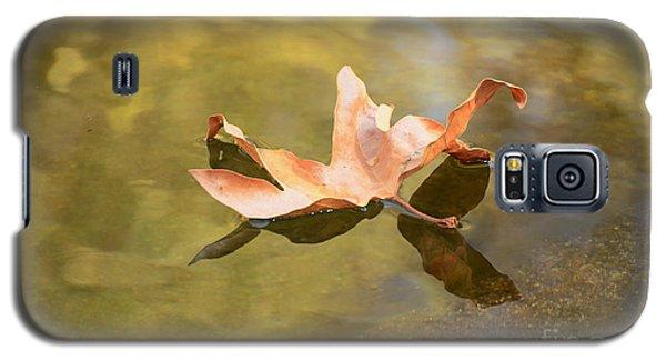Fall Leaf Floating Galaxy S5 Case