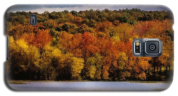 Fall On Springfield Lake Galaxy S5 Case