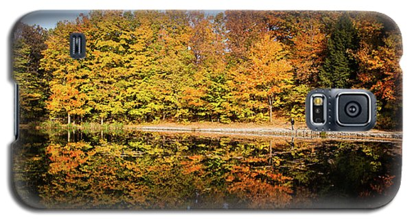 Fall Ontario Forest Reflecting In Pond  Galaxy S5 Case