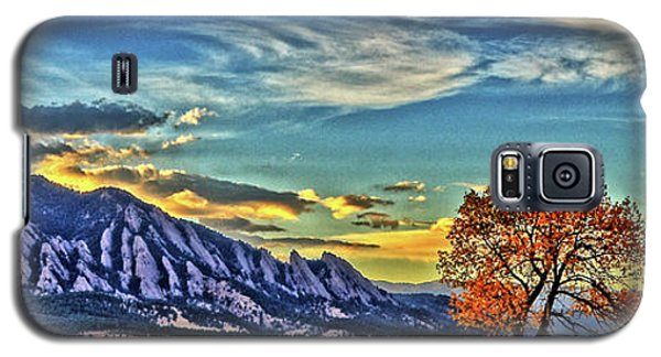 Galaxy S5 Case featuring the photograph Fall Over The Flatirons by Scott Mahon