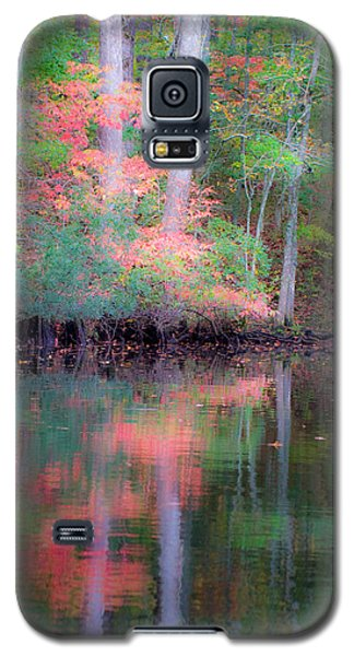 Galaxy S5 Case featuring the photograph Fall Reflections by Bob Decker