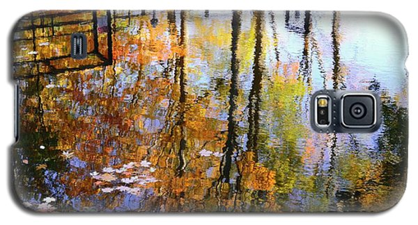 Galaxy S5 Case featuring the photograph Fall Reflections by Corinne Rhode