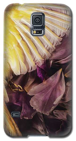 Galaxy S5 Case featuring the photograph Fallen by Amy Weiss