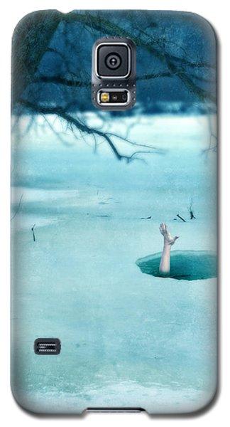 Fallen Through The Ice Galaxy S5 Case