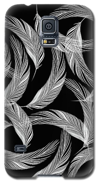 Falling White Feathers Galaxy S5 Case