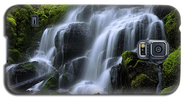 Galaxy S5 Case featuring the photograph Falls by Chad Dutson