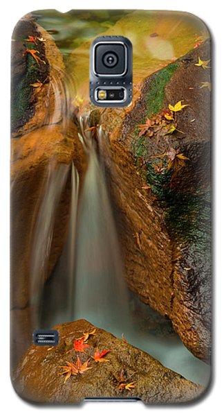 Falls In Motion Galaxy S5 Case