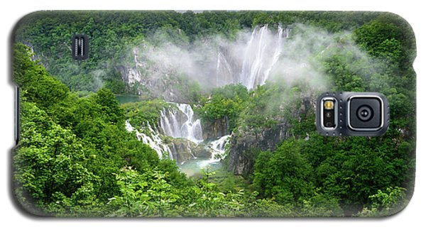 Falls Through The Fog - Plitvice Lakes National Park Croatia Galaxy S5 Case