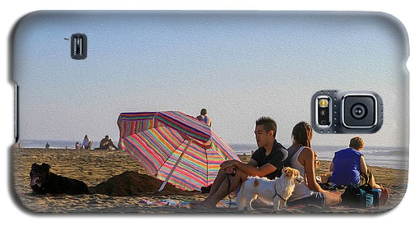 Family At Ocean Beach With Dogs Galaxy S5 Case