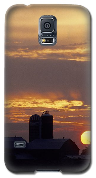 Farm At Sunset Galaxy S5 Case