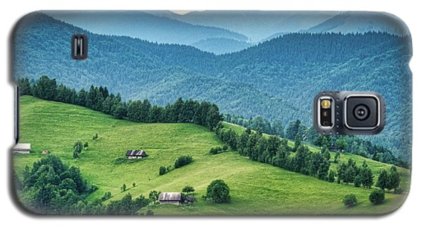 Farm In The Mountains - Romania Galaxy S5 Case