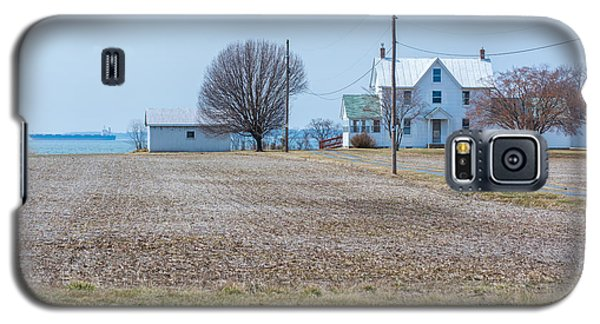 Farm On The Bay Galaxy S5 Case by Charles Kraus