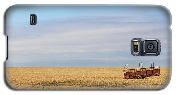 Farm Trailer In The Middle Of Field Galaxy S5 Case