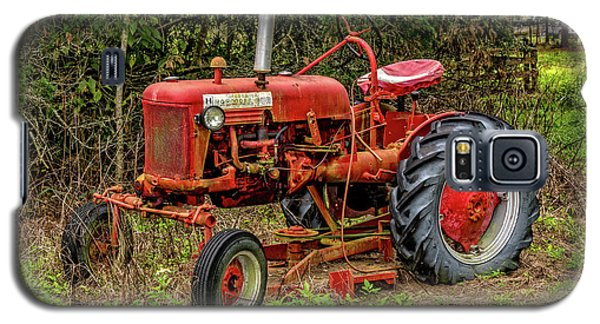 Galaxy S5 Case featuring the photograph Farmall Cub by Christopher Holmes