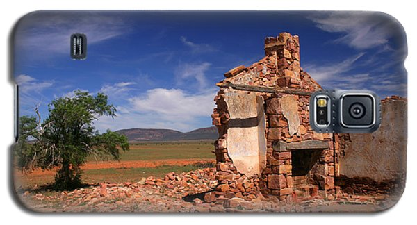 Farmhouse Cottage Ruin Flinders Ranges South Australia Galaxy S5 Case by Ralph A  Ledergerber-Photography
