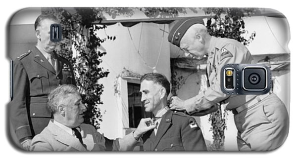 Galaxy S5 Case featuring the photograph Fdr Presenting Medal Of Honor To William Wilbur by War Is Hell Store