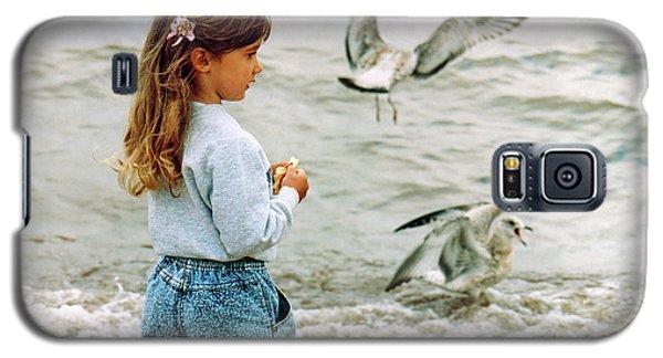Feeding Gulls Galaxy S5 Case